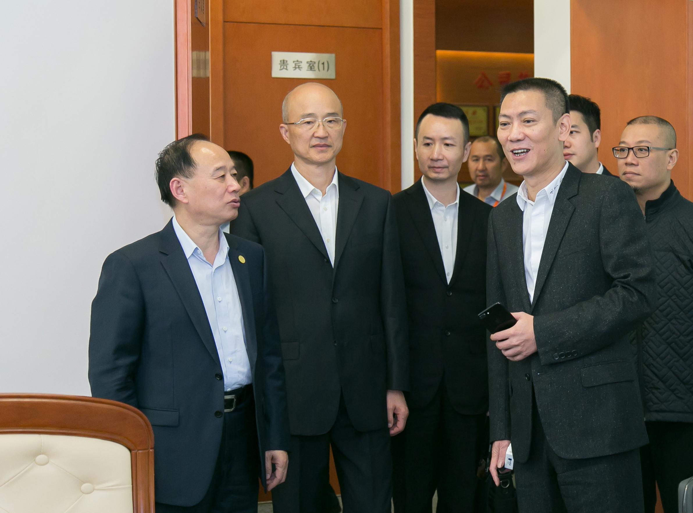 上海九城集团董事长李文壅一行莅临国烨