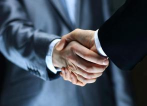 国烨跨境与中轻总签署战略合作协议